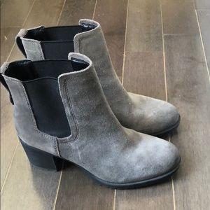 Gray Sam Edelman ankle boots
